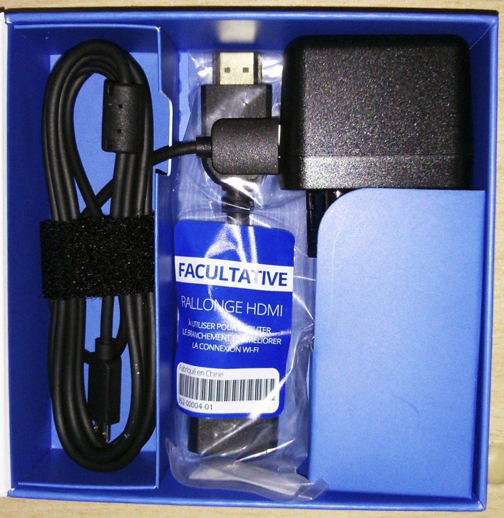 Hy Tech - Chromecast : le contenu de la boîte
